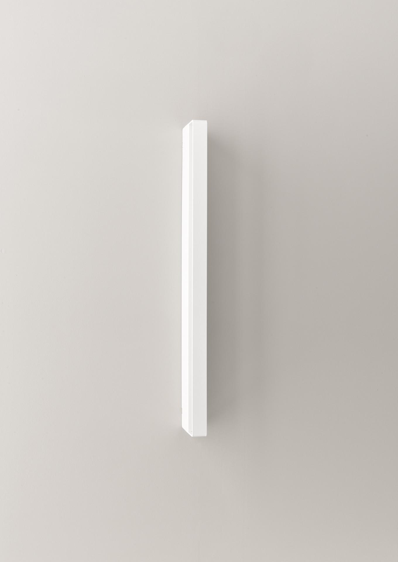aicci-wl1-600-valaisin-600x28x110mm-pystysuuntainen-valkoiset-led-valot-1360x1920px